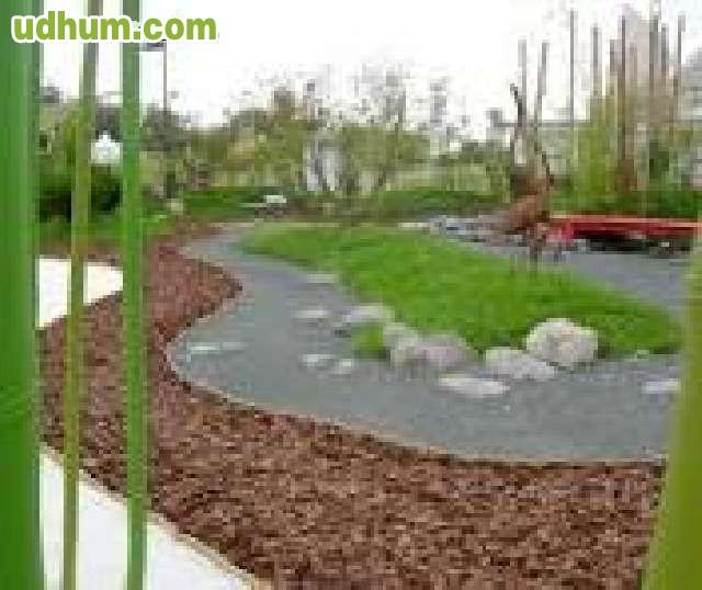 Jardinero profesional con experiencia for Busco jardinero