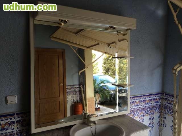 Armarios De Baño Romi:Vendo mueble de baño de DM, 1, 20m, lacado en color blanco Cristal