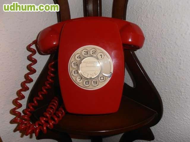 Telefono heraldo de pared rojo for Fuera de serie telefono