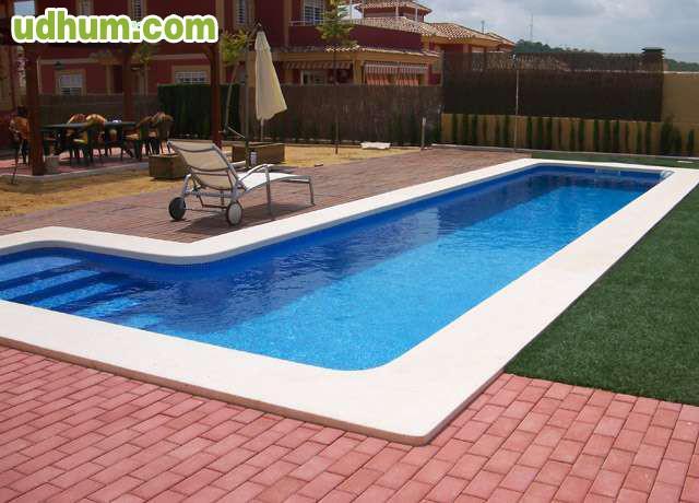 Piscinas de hormigon gunite proiectado for Presupuesto de piscinas de hormigon