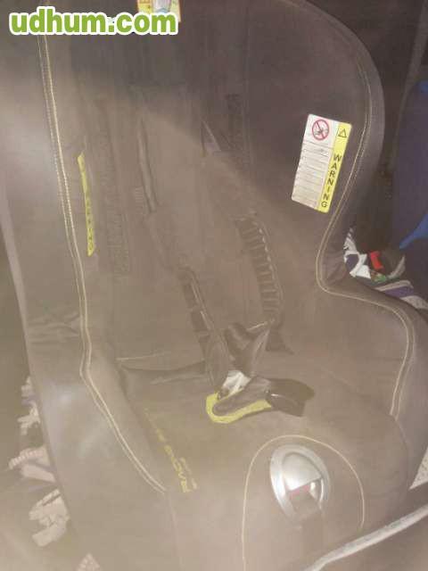 Dos sillas infantiles para coche jane for Sillas infantiles coche