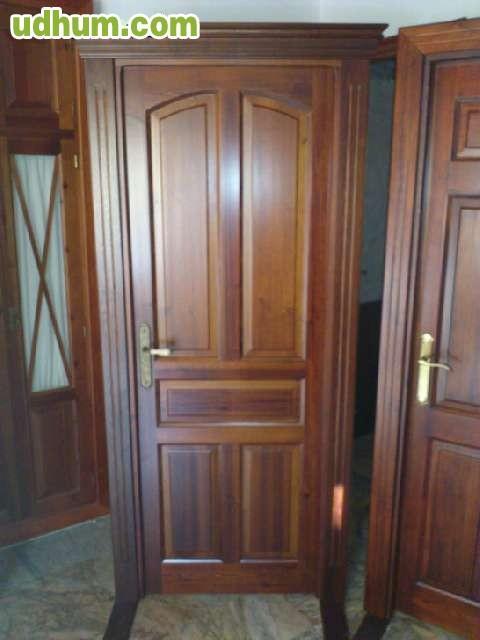 Puertas y muebles en casta o iroko pino - Puertas de castano ...