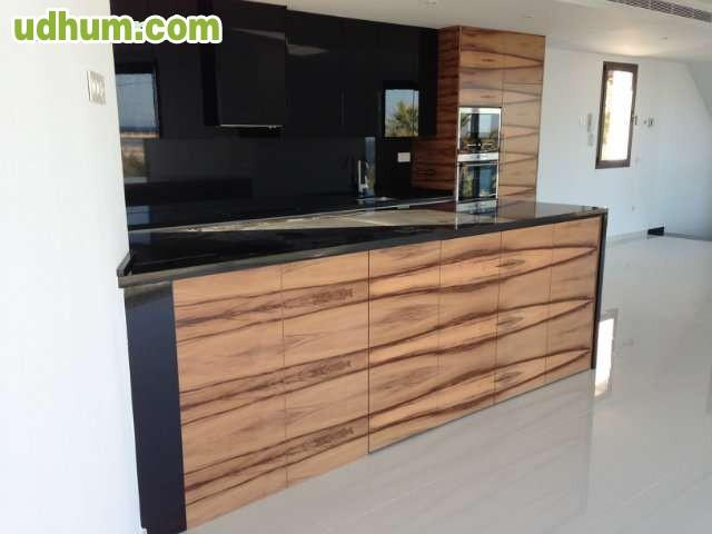 Fabrica de muebles cocinas armarios for Fabrica de muebles en yecla