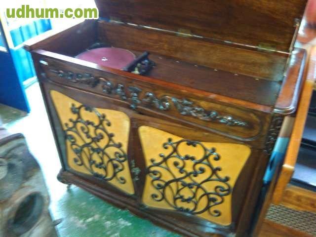 Muebles antiguos y modernos las fuentes - Remar muebles madrid ...