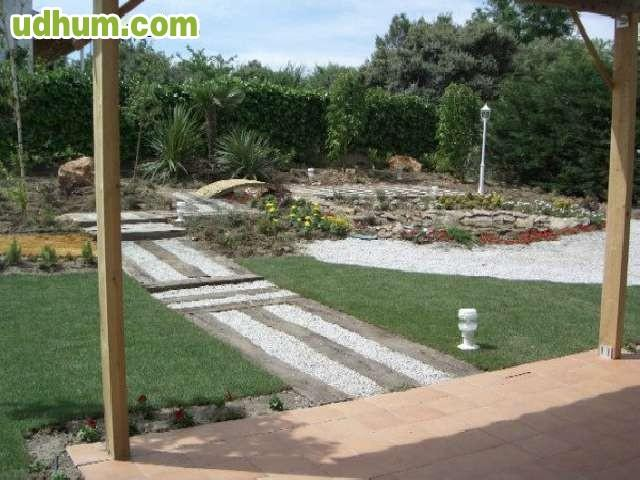 Jardinero profesional 4 - Trabajo jardinero madrid ...