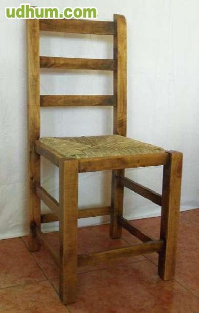 Sillas y mesas de madera hosteleria for Mesas y sillas de madera
