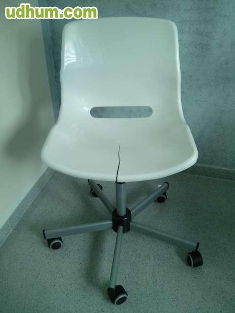 Vendo silla ikea blanca - Sillas de plastico ikea ...