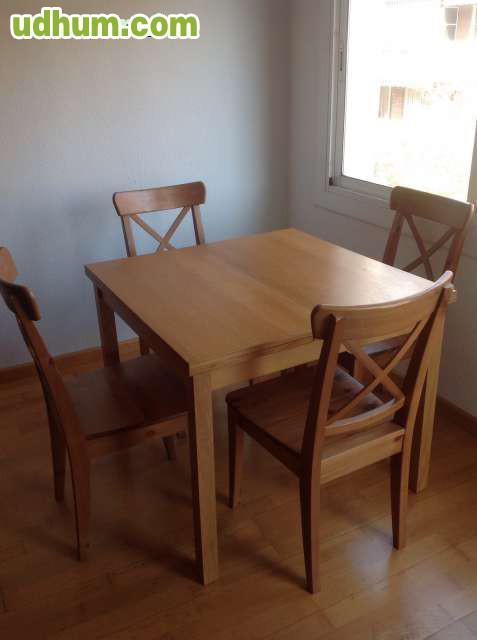 Mesa y cuatro sillas comedor for Comedor cuatro sillas