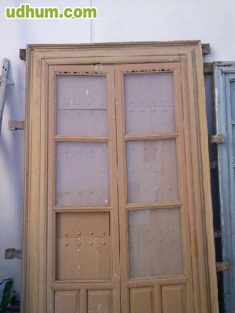 Puertas antiguas de madera 1 for Puertas interiores antiguas madera