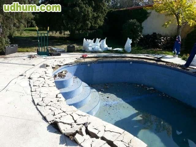 Piscinas instalaciones limpieza for Instalaciones de albercas pdf