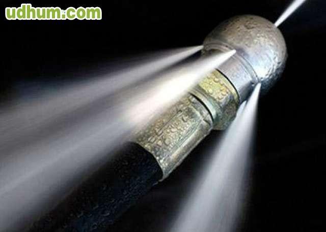 Limpiar atascos tuber as alta presion - Desatascador de tuberias a presion ...