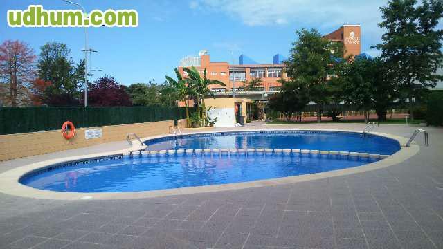 Ocasion con piscina playa de gandia for Piscinas desmontables ocasion