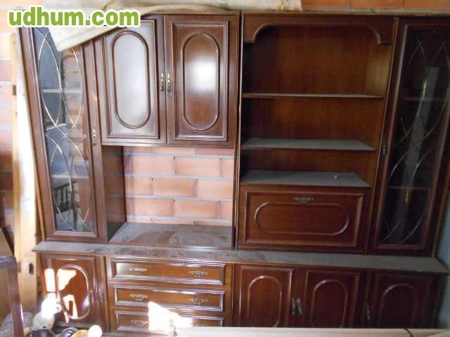 Mueble para sal n con vitrinas for Milanuncios mesas de salon
