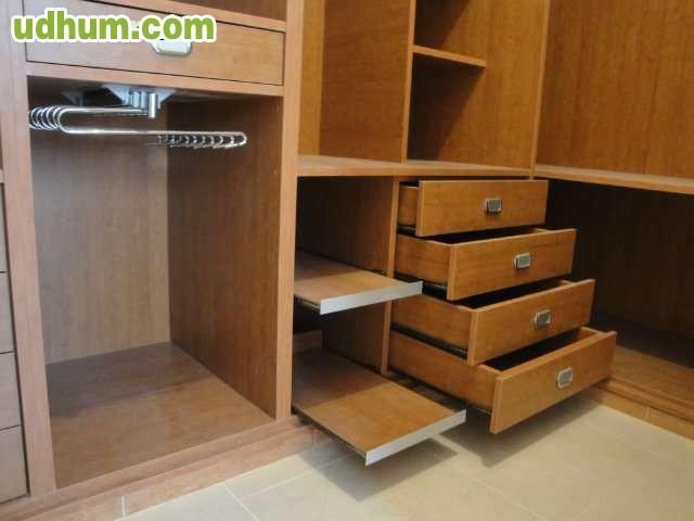 Carpintero muebles economicos a medida for Bricodepot tarima flotante