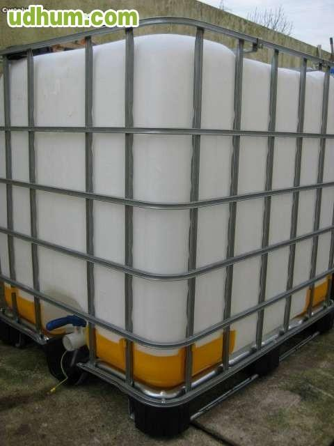 Depositos bidones cubas de 1000 litros 2 for Bidones de agua de 1000 litros