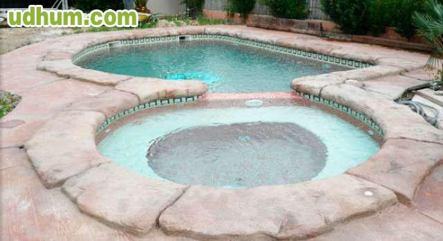 Tematizacion de piscinas en talavera for Piscinas talavera