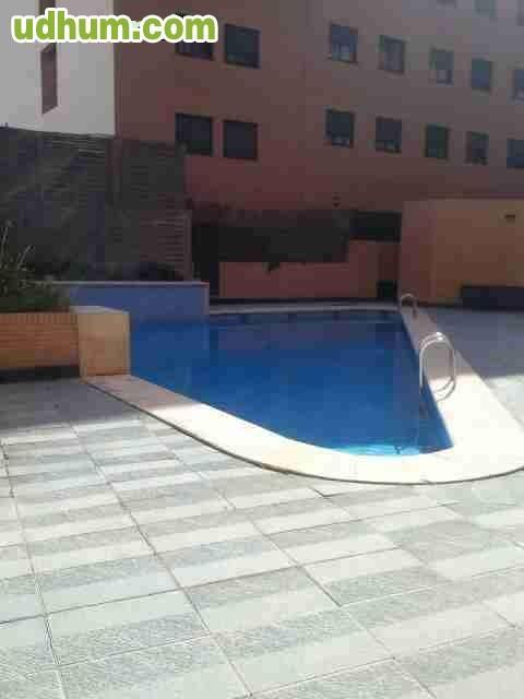Con garaje y piscina 3 for Piscina alfafar
