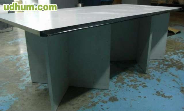 Mesas sillas y muebles oficina for Mesas y sillas de oficina