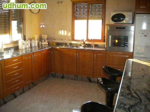 Jacuzzi Baños De Mula: del nucleo urbano de cehegin la vivienda consta de 3 dormitorios 2