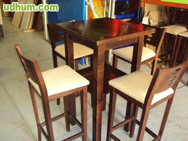 Mobiliario madera bar for Bar madera sevilla