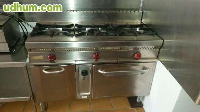 Cocinas a gas de 6 fuegos repagas for Cocinas 5 fuegos gas