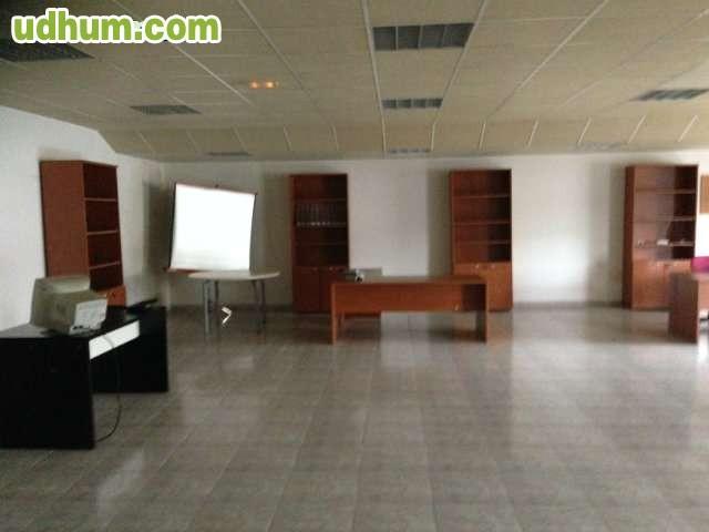 Alquiler oficina amueblada poligono for Muebles poligono pisa