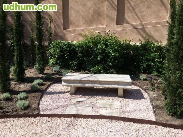 Busco trabajo como jardinero madrid for Busco jardinero