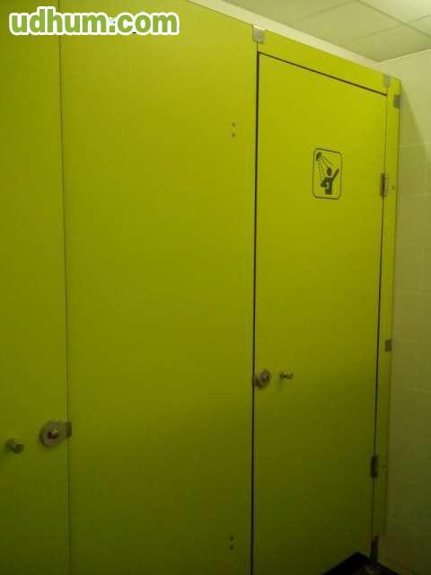 Cabinas De Baño Fenolicas:cabinas fenolicas con muy poco uso cuatro cabinas fenolicas dos de