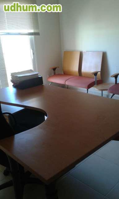 Se alquila oficina con 3 puestos for Uno e oficinas