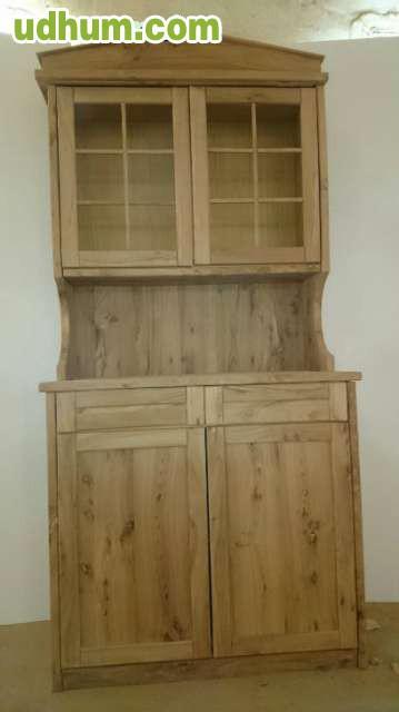 Mesa sillas y mueble macizo para bodega for Mueble bodega