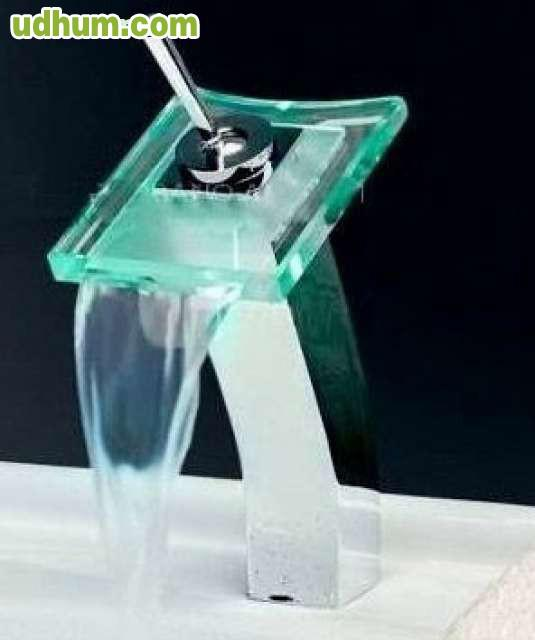 Grifo de cascada cristal con luz led - Grifos de cristal ...