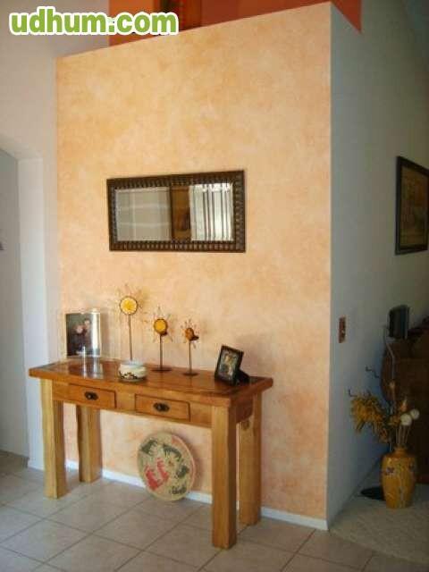 Esponjado sobre paredes for Pintura color arena paredes