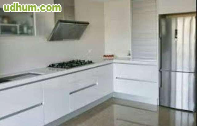 montadores de tarima puertas cocinas