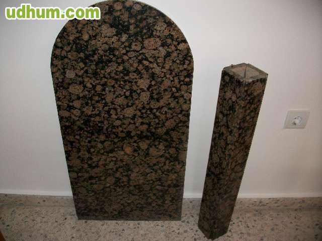 Mesa en piedra de granito for Piedras de granitos