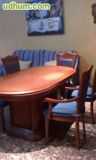 Vendo mueble salon comedor mesa y 5 sill for Vendo mueble salon