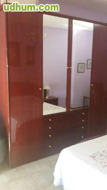 Dormitorio matrimonio con armario 2 for Dormitorio completo con armario