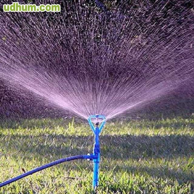 Vendo toma de agua de ozaes for Vendo estanque para agua
