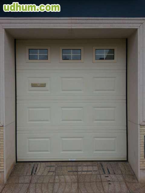 Puerta de garaje seccional autom tica - Puerta de garaje automatica ...