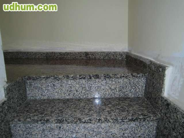 Se venden pelda os de granito for Piedra de granito precio