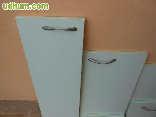 Puertas de cocina for Puertas semi macizas blancas