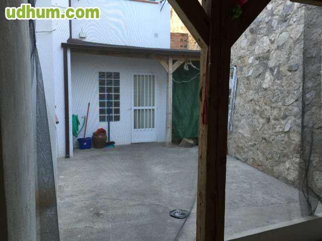 Casa rural en alquiler guejar sierra for Alquiler estufas exterior