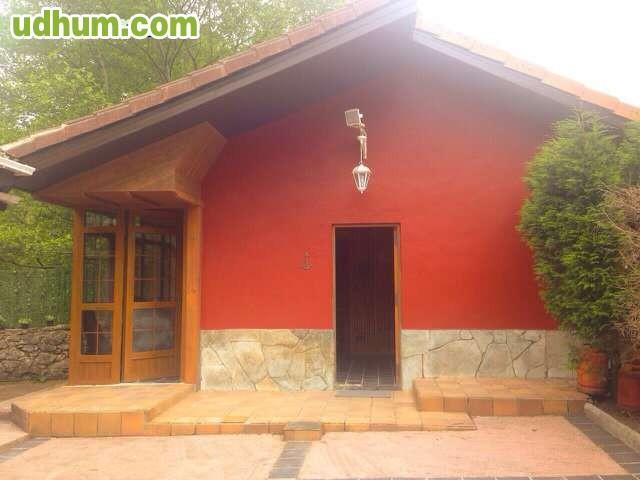 Coqueta casita con jardin 1 for Jardin 88 doris vera hermoza