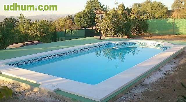 Paslpool piscinas de poliester 4 for Fabricantes piscinas