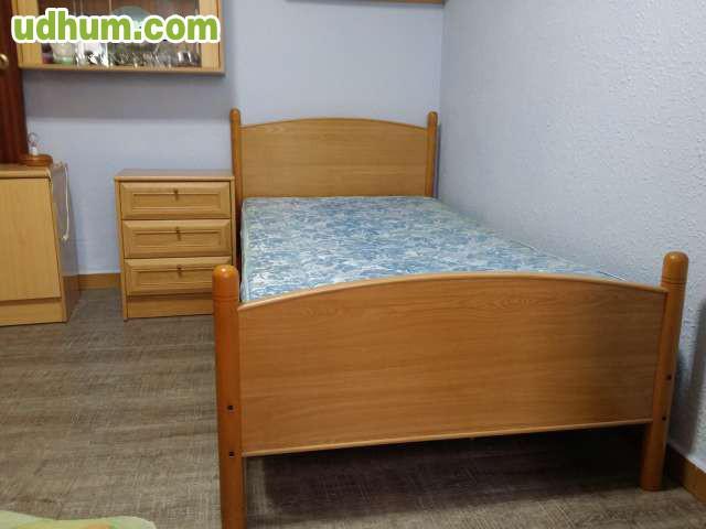 Cama madera mesita colch n somier for Estructura cama 90x190