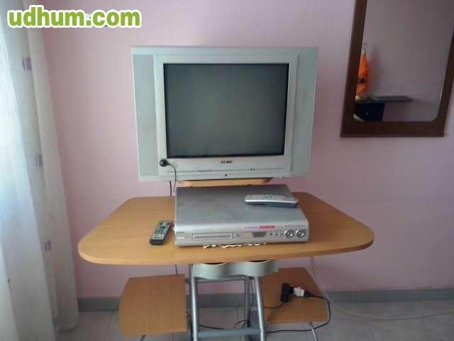Mesa escritorio con ruedas for Mesa escritorio con ruedas