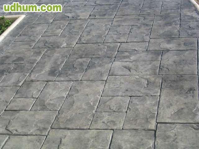 Suelos de pavimento impreso girona for Hormigon para pavimentos