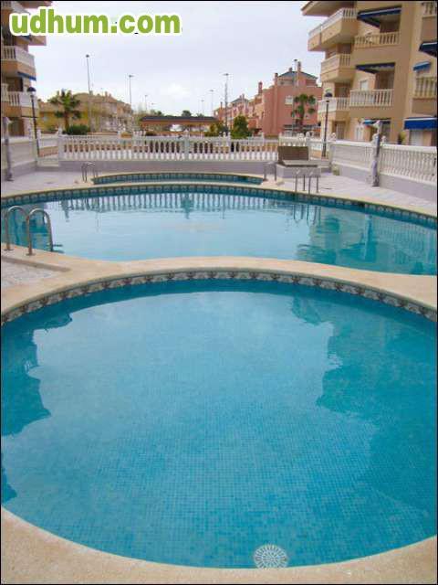 Gran playa piscina zaragoza n 49 for Piscinas climatizadas zaragoza