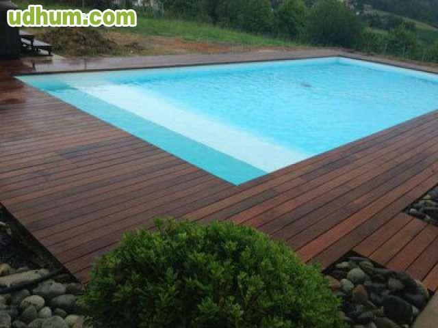 Box para caballos y tarima de exterior for Se hacen piscinas