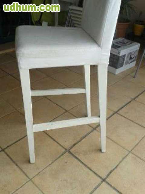 3 sillas altas de madera y tela for Sillas altas de madera