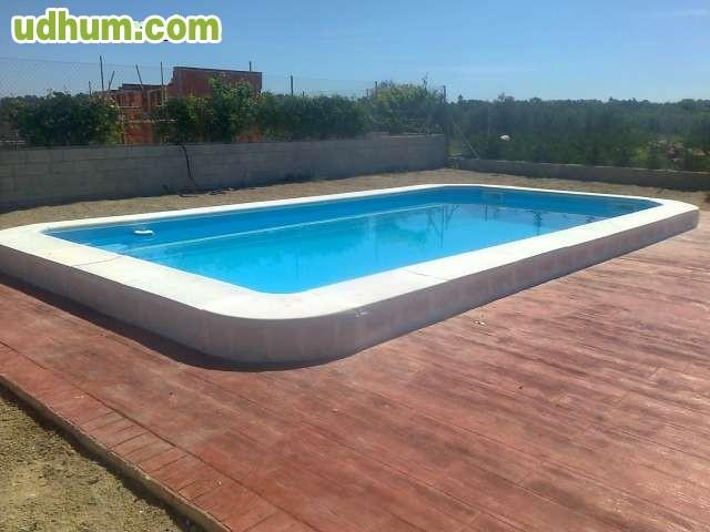 Paslpool piscinas de poliester 17 for Piscinas poliester